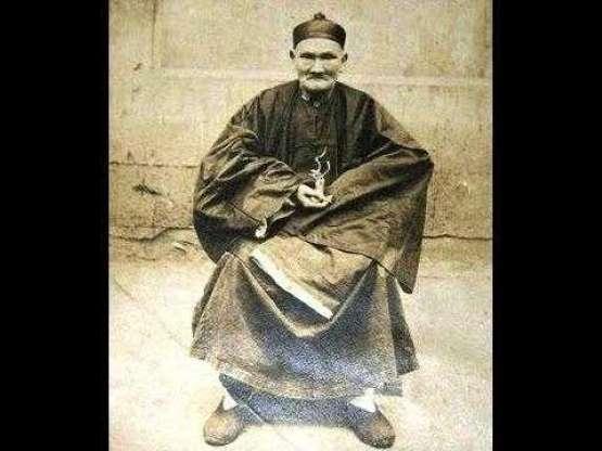 256 Yaşındaki adam Li Ching-Yuen